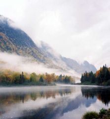 Salmon river, mountains and mist